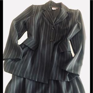 🍒Chic Dizaro De Toi Skirt Set in Black/White🍒